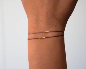 Delicate Balance Bracelet in 18k solid gold, minimalist jewelry, delicate jewelry