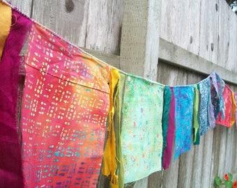 Garden Flag Banner Decoration 10 Feet Inside/Outside Colorful Batik Room Display Birthday Party Wall Decoration Fabric Banner Rainbow Flag