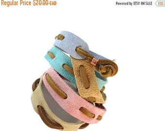 SUEDE SALE Brown Leather and Suede Bracelet Pastel, Woven Band Bracelet Suede Jewelry for Friendship, Suede and Leather Jewelry Knotted Clas