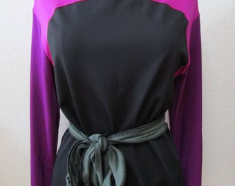 black and purple color long sleeve top and plus made in U. S. A( vn61)