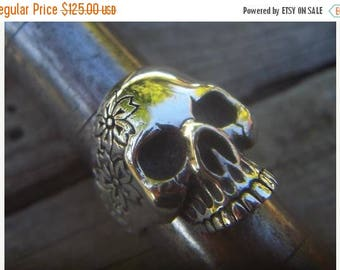 ON SALE Flower skull ring in sterling silver