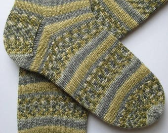 socks, hand knitted mens wool socks, UK 9-11 US 10-12, green grey patterned socks, unisex socks, unique knitted socks, uk made, large socks