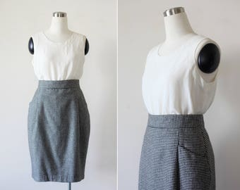 Houndstooth Skirt Latge 1980s High Waist Black and White Plaid Hounds Tooth Pencil Skirt Knee Length Midi Skirt L Office Wear