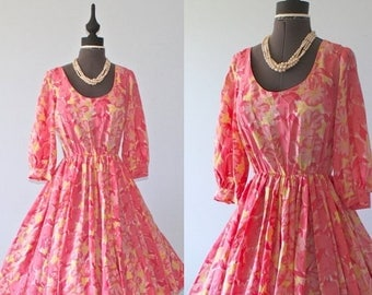 SALE 1960s Floral Party Dress . Vintage 60s Pink Nipped Waist Full Circle Skirt Tea Party Dress . Size Small