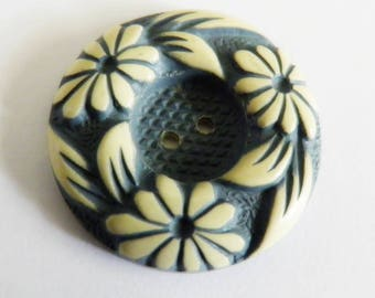 Vintage Buffed Celluloid Button Blue Flowers