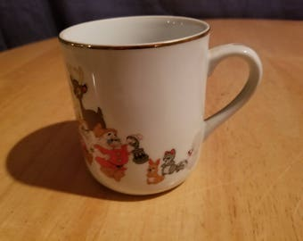 Vintage Disney Snow White and the Seven Dwarfs Coffee Cup
