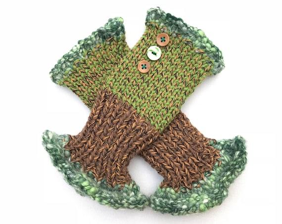 Fingerless Mittens - Kiwi Frilly Fingers - Earthy Green Fingerless Gloves spring colour scheme. Fall colors fingerless mitten hand warmers