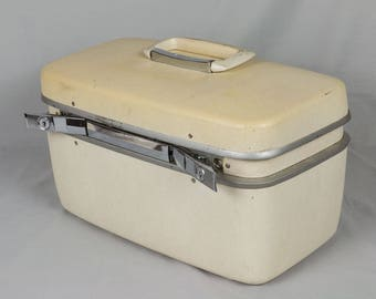 Vintage Samsonite Horizon travel case Mid Century White train case Hard side suitcase Jewelry case Carry on suit case Mirror and tray