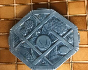 Antique French Country Blue Graniteware Enamelware Trivet