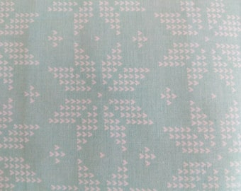 Cotton Fabric, 1 Yard. Quilt, Quilting, Mint Green, White Star Flowers, Floral, Country Design, Pillow, Sewing, Crafts, Gift, Easter