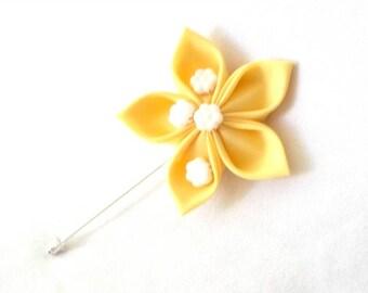 Yellow Flower Boutonniere Tsumami Kanzashi Brooch Fiber Art Corsage Lapel Pin