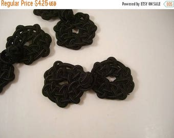 ON SALE Black Frog Closure in Knot Design--One Piece