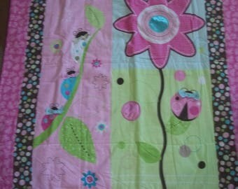 BaBy BlanKet, brights, soft pink and greens, bugs and flower, flannel, Very CUTE