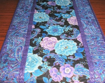 Sale Christmas in July Floral Table Runner or Wall Hanging, Blue floral, handmade, quilted