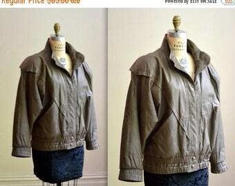 SALE 80s Vintage Leather Jacket Bomber Jacket Taupe Grey Brown Size Medium Large// Vintage Brown Leather Jacket Size Medium Large