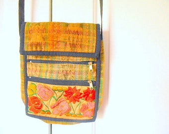 Vintage woven cotton embroidered Guatemalan small bag