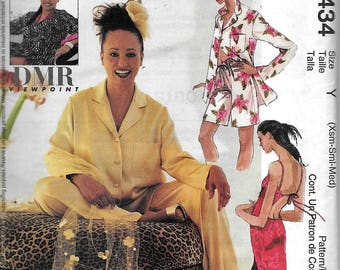 McCall's 3434 Misses Caftan Dress Nightgown Pajamas Sewing Pattern UNCUT Size XS, S, M