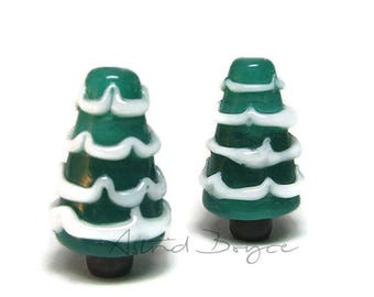 Snow Trees Seasonal Trees Xmas tree Artisan Lampwork Beads Lampwork Glass Miniature Snow Globe  -  CIJ Christmasinjuly  SRA  glass tree bead