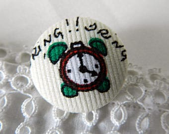 Fabric button with vintage alarm clock, 24 mm / 0.94 in diameter