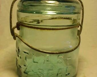 c1920s Atlas E-Z Seal , Aqua Half Pint Fruit Jar, 1/2 pint Canning Jar , Great for a Wedding