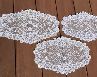 BUTTERFLIES 3 Vintage Schiffli Chemical Net Lace Doilies White Ovals Lattice
