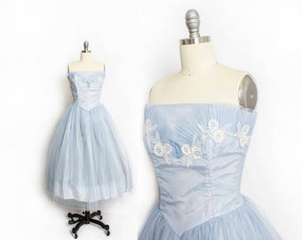 Vintage 1950s Dress - Baby Blue Tulle Lace Strapless Full Skirt Party Prom Dress - Medium