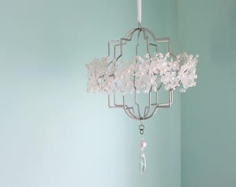 Pearl Nursery Mobile Princess Flower Floral Crystal dangle Girl Crib Decor Chandelier Lucite floral Silver sun catcher White Pretty lace