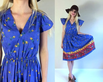 vtg 70s periwinkle blue FLORAL PRINT pockets Boho DRESS Medium folksy full skirt flutter sleeve retro hippie