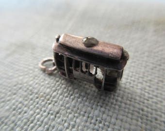 vintage sterling San Francisco cable car charm with Stanhope viewer of the Golden Gate bridge
