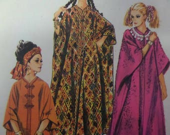 BOHO HIPPIE CAFTAN Pattern • Simplicity 8354 • One Size • Zip-Front Caftan • Mod Batwing Caftan • 1969 • Vintage Patterns • WhiletheCatNaps
