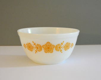 Butterfly Gold 402 Pyrex Bowl - Dish Vintage Retro Kitchen White Orange Yellow Mixing Bowl Fruit Bowl Decor