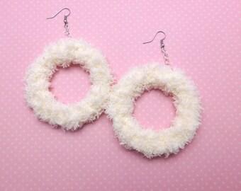 Soft fairy donut earrings (buttercream)