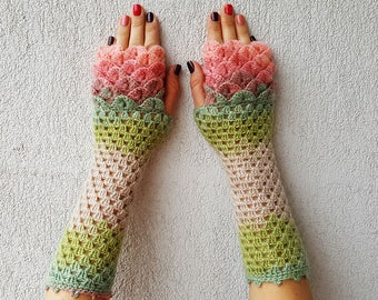 Fingerless gloves Crochet winter gloves Texting gloves Lace womens gloves Scaled Fingerless mittens Wrist warmers