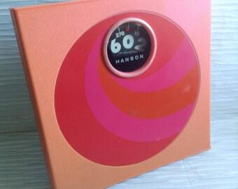Mod Hanson Bathroom Scale. Mod, pop, Mid century, Danish Modern, Eames Panton era.  Vintage 1960.  Pink & Groovy