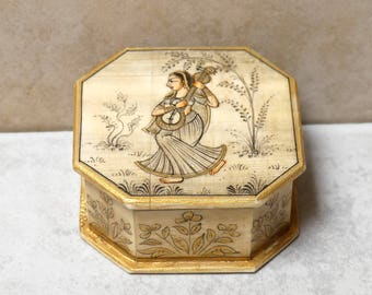 Vintage Collectable Ragini Queen Hand Painted Indian Trinket Box from Rajasthan