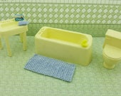 Marx Bathroom  Bath tub and Sink Toilet off  Pale Yellow Toy Dollhouse Traditional Style  soft Plastic