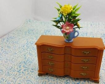 Marx Little Hostess  Block Front Chest of Drawers  Furniture hard plastic  Dresser 8425 Brown