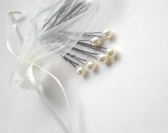 ON SALE Chic Mini Pearl Bridal Hair Pins. Flower Girl Hair Pin. Bride Maids Hair Pins. GIFT Bridal Shower. Chic Prom. Bridal Party. Hair Jew