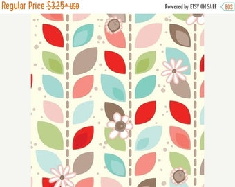 "SUMMER SALE Fat Quarter Only (18""x22"") of Coral Leaf Garland From Adorn It"