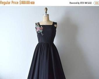 25% SALE Vintage 1950s black taffeta dress . 50s party dress
