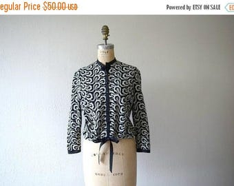 25% SALE 1960s embroidered top . vintage 50s 60s cropped jacket