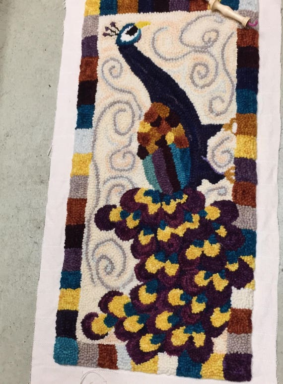 Stately Peacock Rug Pattern
