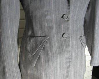 1930's Art Deco gray pinstriped wool suit size S-M