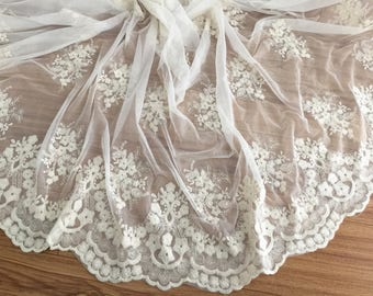 vinateg style floral scalloped lace fabric, cream cotton soft tulle fabric, retro bridal lace fabric by yard