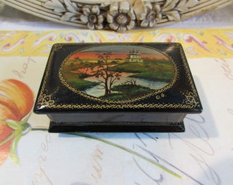 Gorgeous black shiny small wooden trinket box.