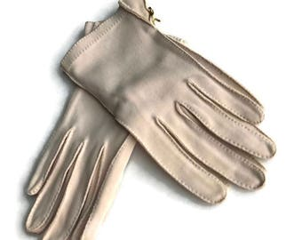 Vintage Beige Gloves