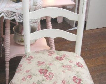 Farmhouse Chic Chippy White Vintage Chair Fabric Seat with Ruffles Prairie Primitive