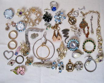 Vintage Lot BROKEN RHINESTONE JEWELRY 45 pc Dress Clip Shoe Earrings Brooch Rings Clear & colored Stones Repair Harvest Craft Destash