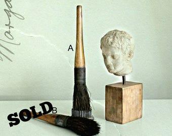 vintage round horse hair paint brush with wooden handle, primitive paint brush, primitive farmhouse, cottage decor