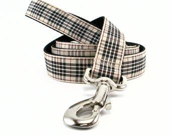 Blackberry Tartan Leash // Matching Tartan Dog Leash in three widths // custom lengths // Plaid Leashes // Tartan Lead // Handmade